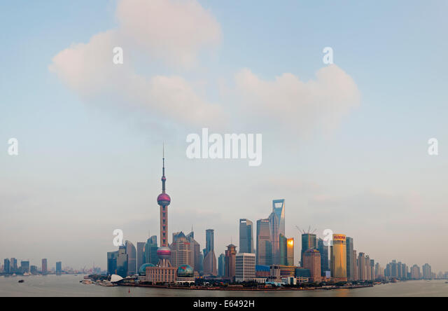 Pudong skyline & Huangpu River, Shanghai, China - Stock Image
