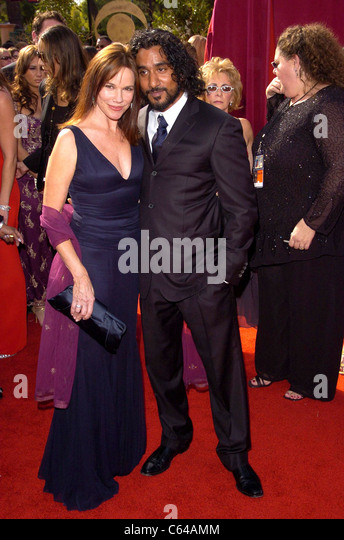 Barbara Hershey, Naveen Andrews at arrivals for 57th Annual Primetime Emmy Awards, The Shrine Auditorium, Los Angeles, - Stock-Bilder