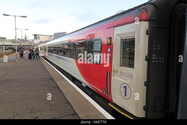 Virgin East Coast Mainline Train,Aberdeen Railway Station,Scotland,UK - 1st class coach - Stock Image