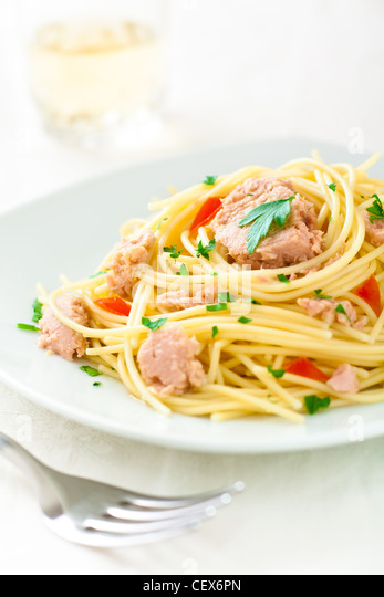 Spaghetti with Tuna, Parsley and Tomato - Stock Image