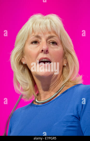 Manchester, UK. 22nd September, 2014. Jennie Formby, Political Director of Unite the Union, addresses the auditorium - Stock Image