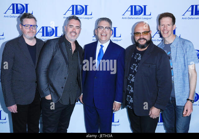 Anti-Defamation League entertainment industry dinner honoring Bill Prady - Arrivals  Featuring: Kevin Hearn, Ed - Stock-Bilder