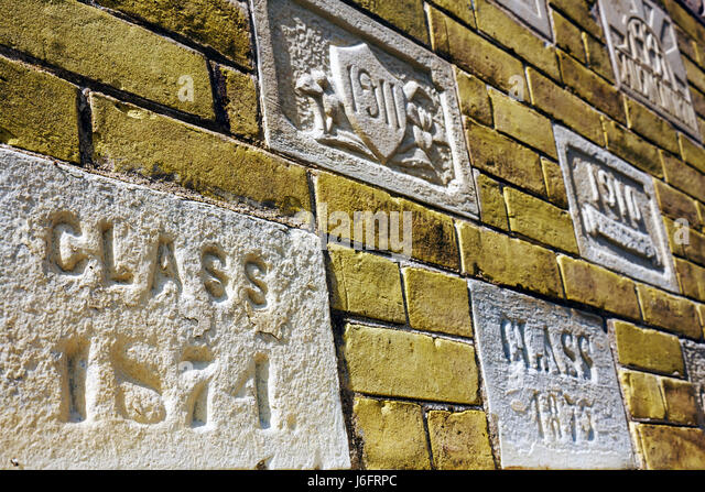 Wisconsin Kenosha Third 3rd Avenue Historic District Kemper Center former woman's preparatory school wall detail - Stock Image