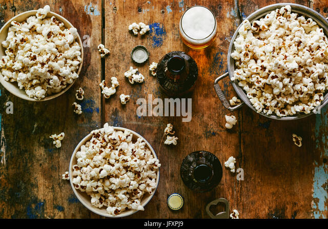 popcorn and ber - Stock Image
