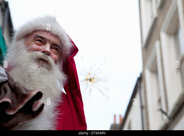 Santa Claus in the street - Stock-Bilder
