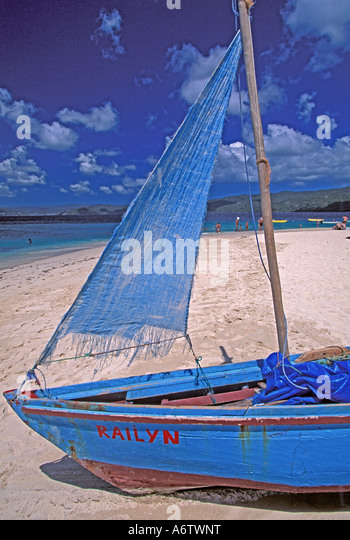 Dominican Republic Samana Peninsula sailboat Cayo Levantado beach - Stock Image