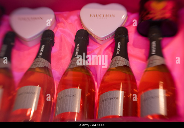 Paris France Place de la Madeleine Fauchon gourmet shop shop window champagne Brut Rose - Stock Image