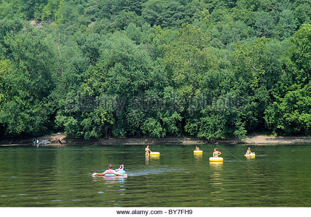 Pennsylvania Point Pleasant Delaware River New Jersey view River Country outfitters scenery tubing recreation relax - Stock Image