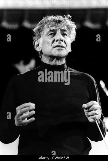 Leonard Bernstein, 1971. Courtesy: CSU Archives/Everett Collection - Stock Image
