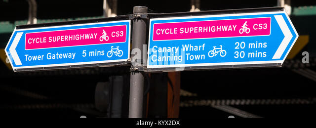 Road signs for the Cycle Superhighway CS3 from Tower Gateway to Canary Wharf and Canning Town, London - Stock Image