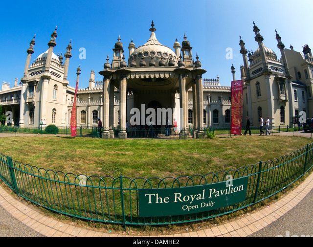 Royal Pavilion, Brighton, entrance in Pavilion Gardens - wide-angle picture - Stock Image