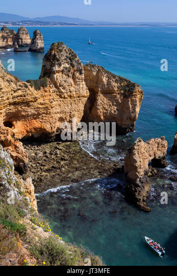 Praia do Camilo near Lagos in the Algarve, Portugal. - Stock Image