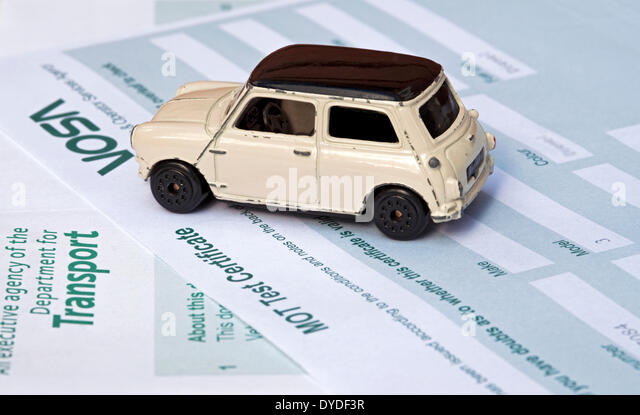 Mot fail stock photos mot fail stock images alamy for Abc motor credit inventory
