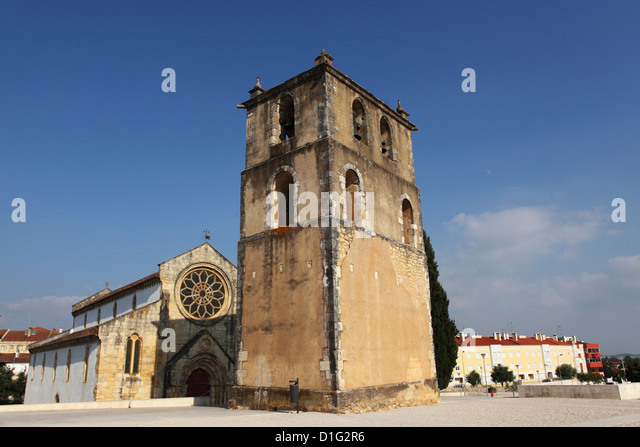 Belfry and 12th century Santa Maria dos Olivais Church, built by the Order of the Knights Templar, Tomar, Ribatejo, - Stock Image