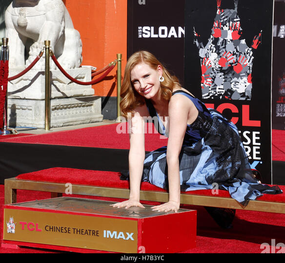 Hollywood, USA. 3rd November, 2016. Jessica Chastain Hand And Footprint Ceremony held at the TCL Chinese Theatre - Stock Image