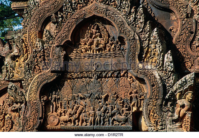 CAMBODIA, Angkor, Khmer culture, Banteay Srei Hindu  temple, scene from an Indian epic on a pediment - Stock Image