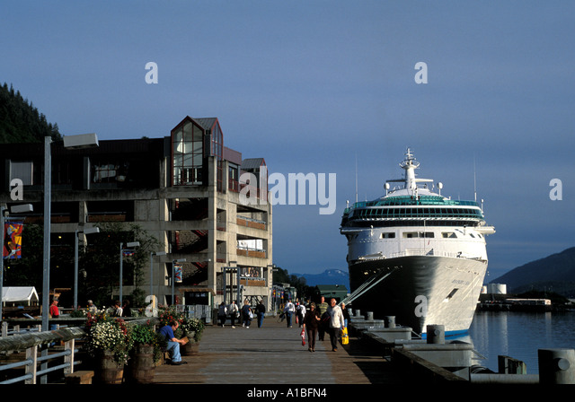 Alaska Juneau cruise ship dock - Stock Image