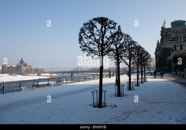 Terrace along the Elbe beside the Kunst Academie, Dresden, Germany. - Stock Image