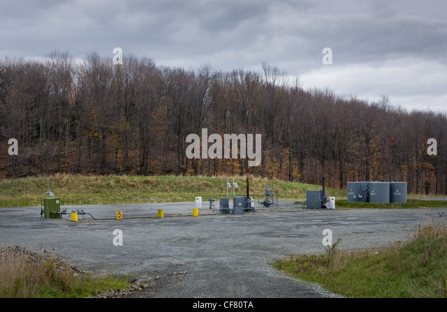 A hydrofracking site after the drilling is completed, Dimock, Pennsylvania, Susquehanna County - Stock Image