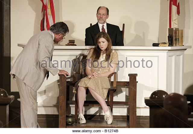Monroeville Alabama Courthouse Square To Kill a Mockingbird actors courtroom man girl teen scene costume literary - Stock Image