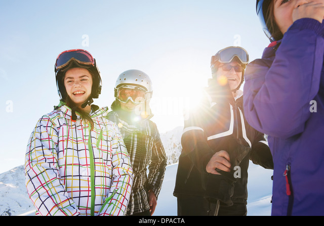 Grandparents and granddaughters, Les Arcs, Haute-Savoie, France - Stock Image