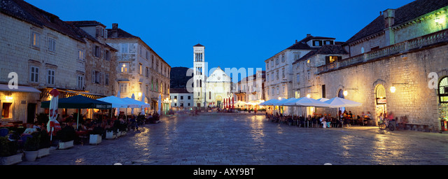 Town Square (Trg Sveti Stjepana) and cathedral of St. Stjepan at dusk, Hvar Town, Hvar Island, Dalmatia, Croatia, - Stock Image