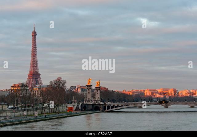 La Seine Early Morning Paris France - Stock Image