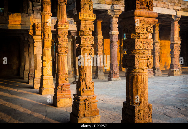 Qutub Minar (The Qutub Tower‎), also known as Qutb Minar and Qutab Minar, is the tallest minar (73 metres) in India - Stock Image