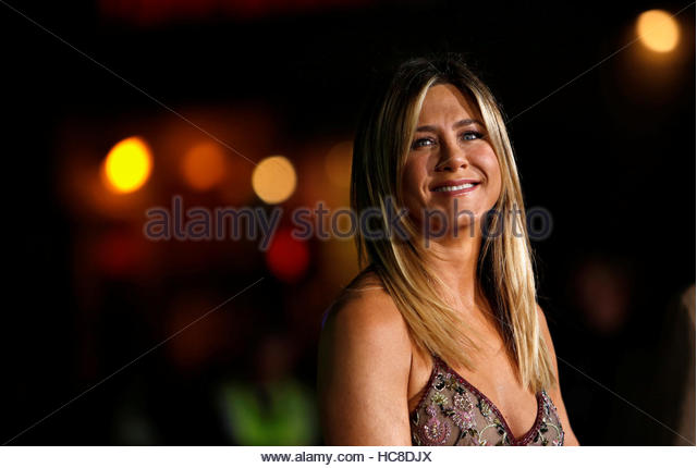 Cast member Jennifer Aniston poses at the premiere of 'Office Christmas Party' in Los Angeles, California - Stock-Bilder