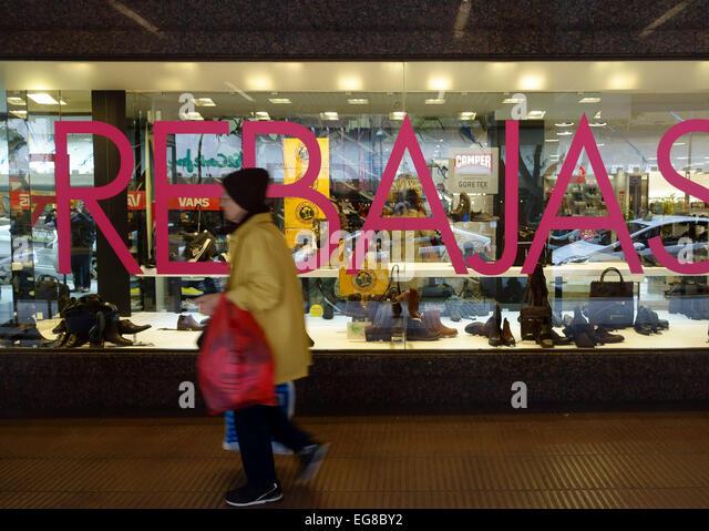 Shoes store spain stock photos shoes store spain stock - Showroom las palmas ...