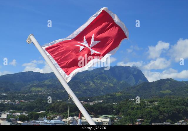 MALTESE NATIONAL FLAG. Photo: Tony Gale - Stock-Bilder