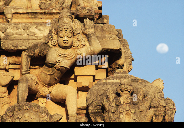 Traditional statue on temple - Stock Image