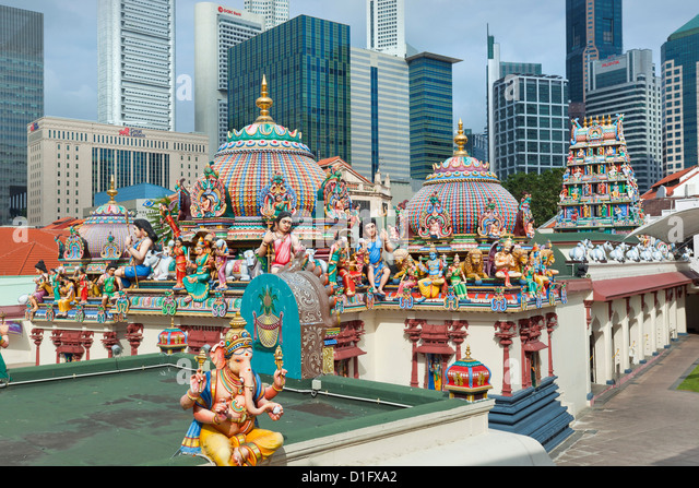 The roof of the Sri Mariamman Temple, a Dravidian style temple in Chinatown, Singapore, Southeast Asia, Asia - Stock Image