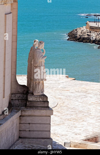 Statues at the base of the cupola, Cadiz Cathedral (Catedral de Santa Cruz de Cádiz), Plaza Catedral, Cadiz, - Stock Image