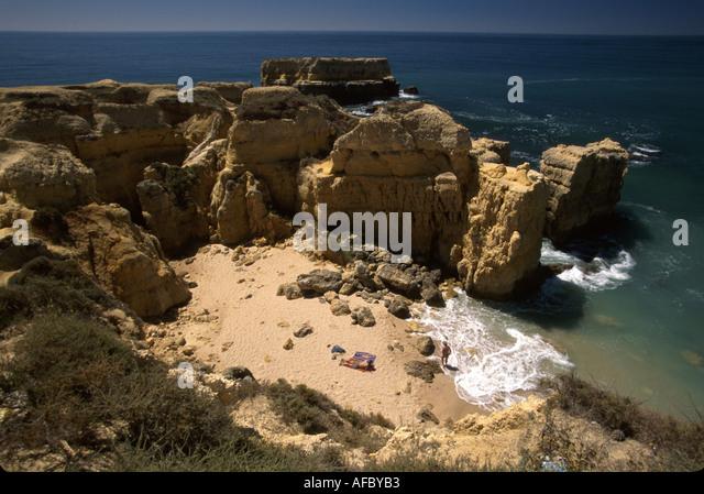 Portugal Algarve Praia de Castelo Atlantic coast rocky shore cliffs secluded beach - Stock Image