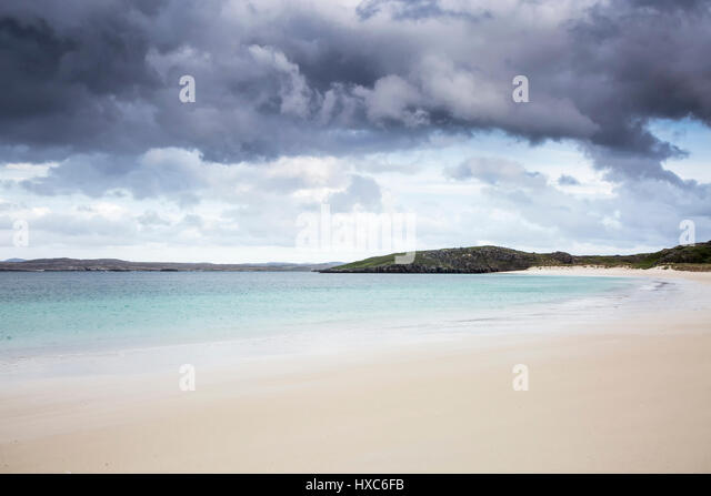 Storm clouds over tranquil ocean beach, Cnip, Isle of Lewis, Outer Hebrides - Stock Image