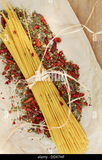 Ingredients for 'Aglio olio e peperoncino' - Stock Image