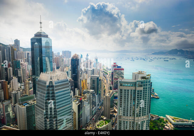Hong Kong, China aerial view of the cityscape at Victoria Harbor. - Stock-Bilder