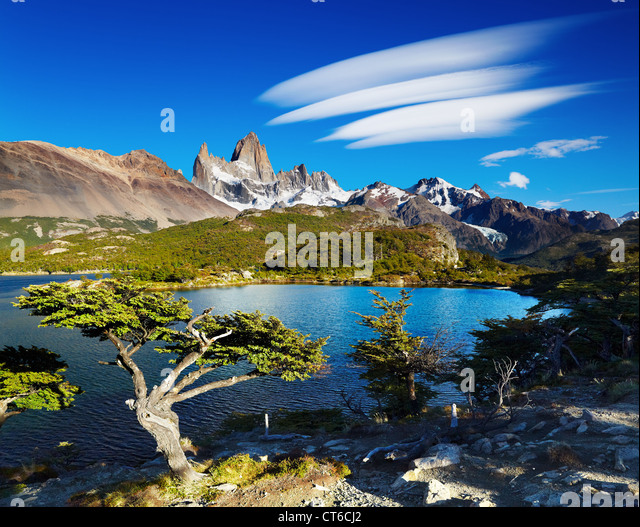 Laguna Capri and mount Fitz Roy, Los Glaciares National Park, Patagonia, Argentina - Stock Image