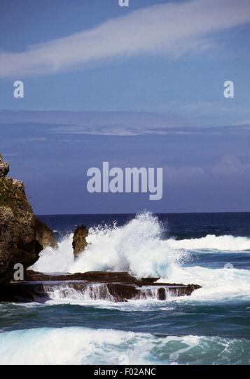Waves breaking on the rocky coast, Puerto Rico. - Stock Image