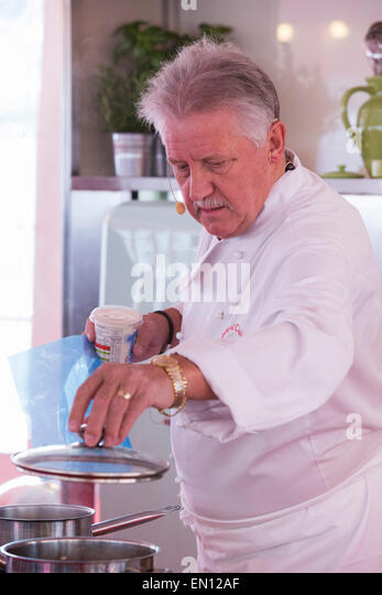 London, UK. 25 April 2015. Celebrity chef Brian Turner gives a cooking demonstration. Londoners celebrate St. George's - Stock Image