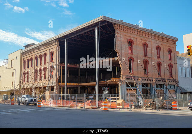 Historic Webber building in downtown Montgomery, Alabama, USA, partially collapsed.  The structure was built in - Stock Image
