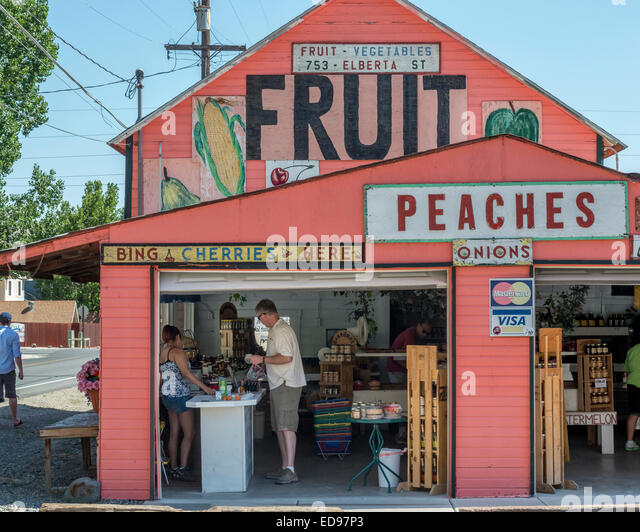 Herman Fruit and vegetable shop. Palisade. New Mexico. USA - Stock Image