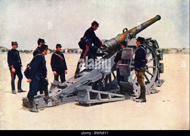 1914 Battle of the Marne World War I French infantry French Army France Europe gun Troupes d'infanterie du 18e - Stock Image