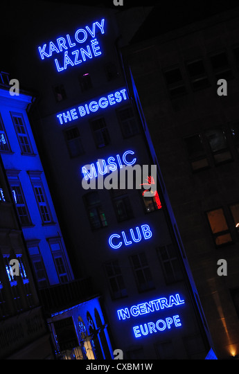 A nightclub neon sign, Prague, Czech Republic - Stock-Bilder