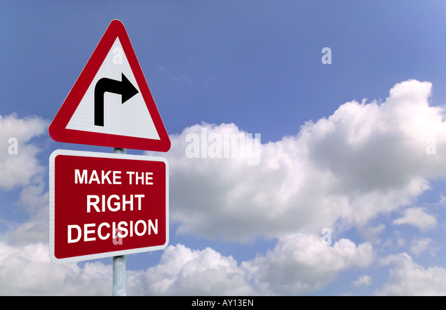 Make the Right Decision on a signpost against a blue cloudy sky - Stock Image