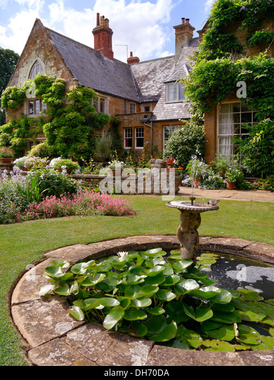 Ornamental pond and garden stock photos ornamental pond for Ornamental garden ponds
