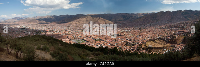 Peru, Cusco, Cuzco, Panoramic view from viewpoint Cristo Blanco. UNESCO World Heritage Site. - Stock Image