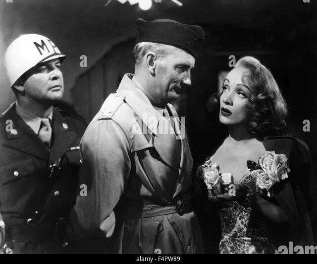 Millard Mitchell and Marlene Dietrich / A foreign affair / 1948 directed by Billy Wilder [Paramount Pictures] - Stock Image