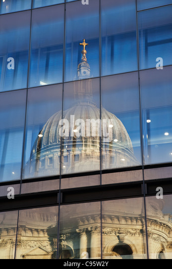 England, London, Reflection in Glass of St.Paul's Cathedral - Stock Image